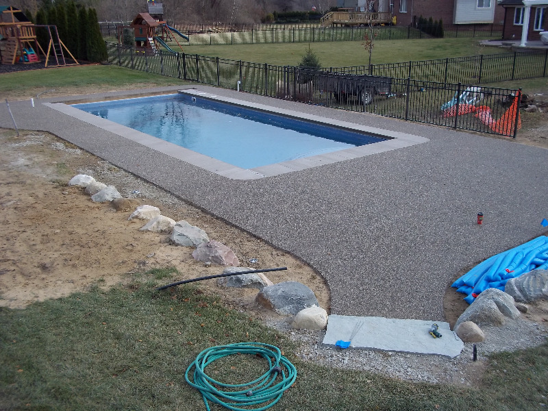 Gallery macomb county inground pools fiberglass vinyl for Inground pool installation